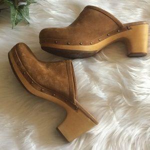 UGG Abbie Slip on studded clogs mules
